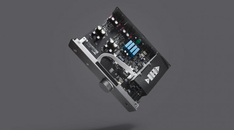 Cambridge-Audio-Duo-inside.jpg