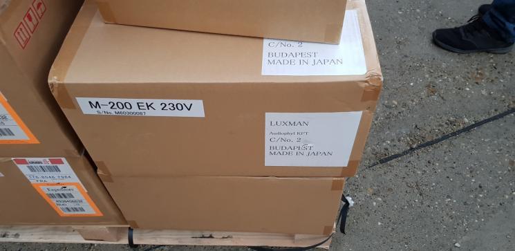 Luxman-pack-3.jpg