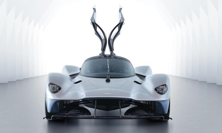 Aston-Martin-Valkyrie_02.jpg
