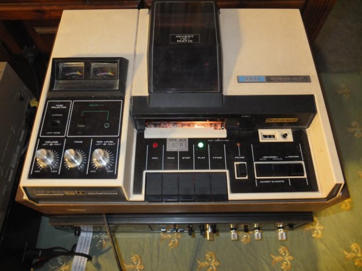 AKAI GXC65.jpg