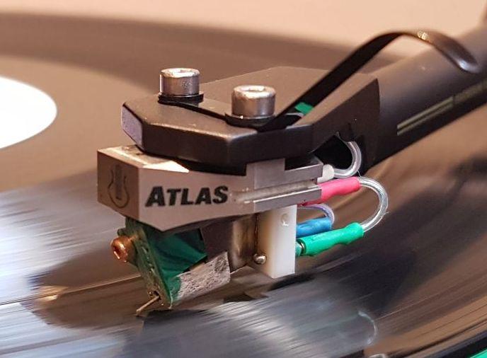Lyra Atlas.jpg