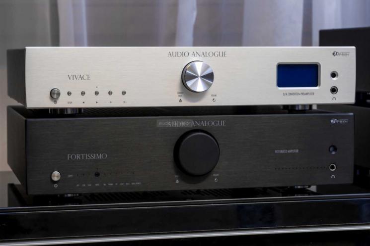 Audio-Analogue-Fortissimo-Vivace_big.jpg