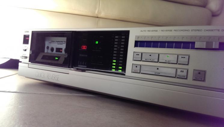 AIWA R600.           2.JPG