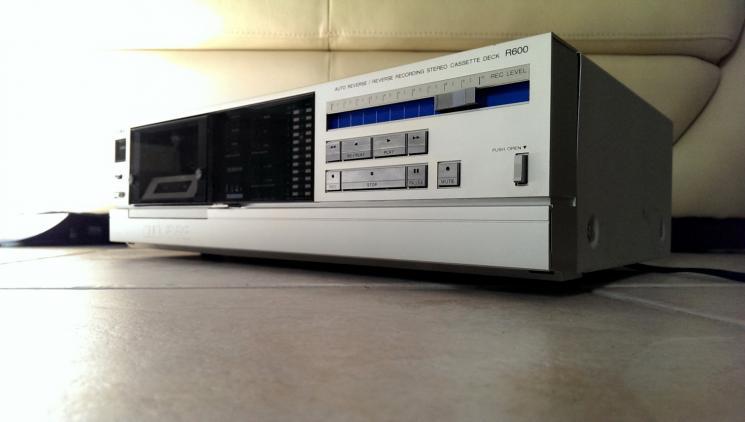 AIWA R600.           1.JPG