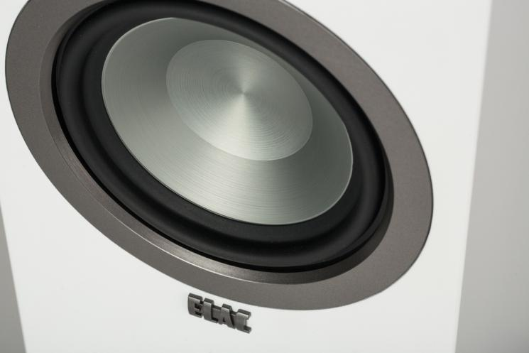 ELAC_Uni-Fi-FS-U5-Slim_Hangfal-woofer.jpg